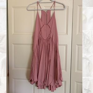 Romeo + Juliet dusty rose pink dress size L